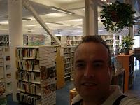 Adentro de la biblioteca... shhhhh
