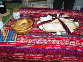 El flan de Sole y el strudel de Romi, bien vestidos y riquísimos (la cinta no era comestible)