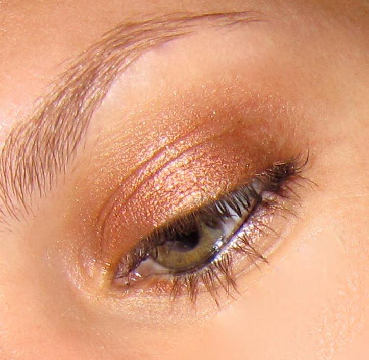 Best Women Jewelry: Wearable Orange/Copper Eyeshadow