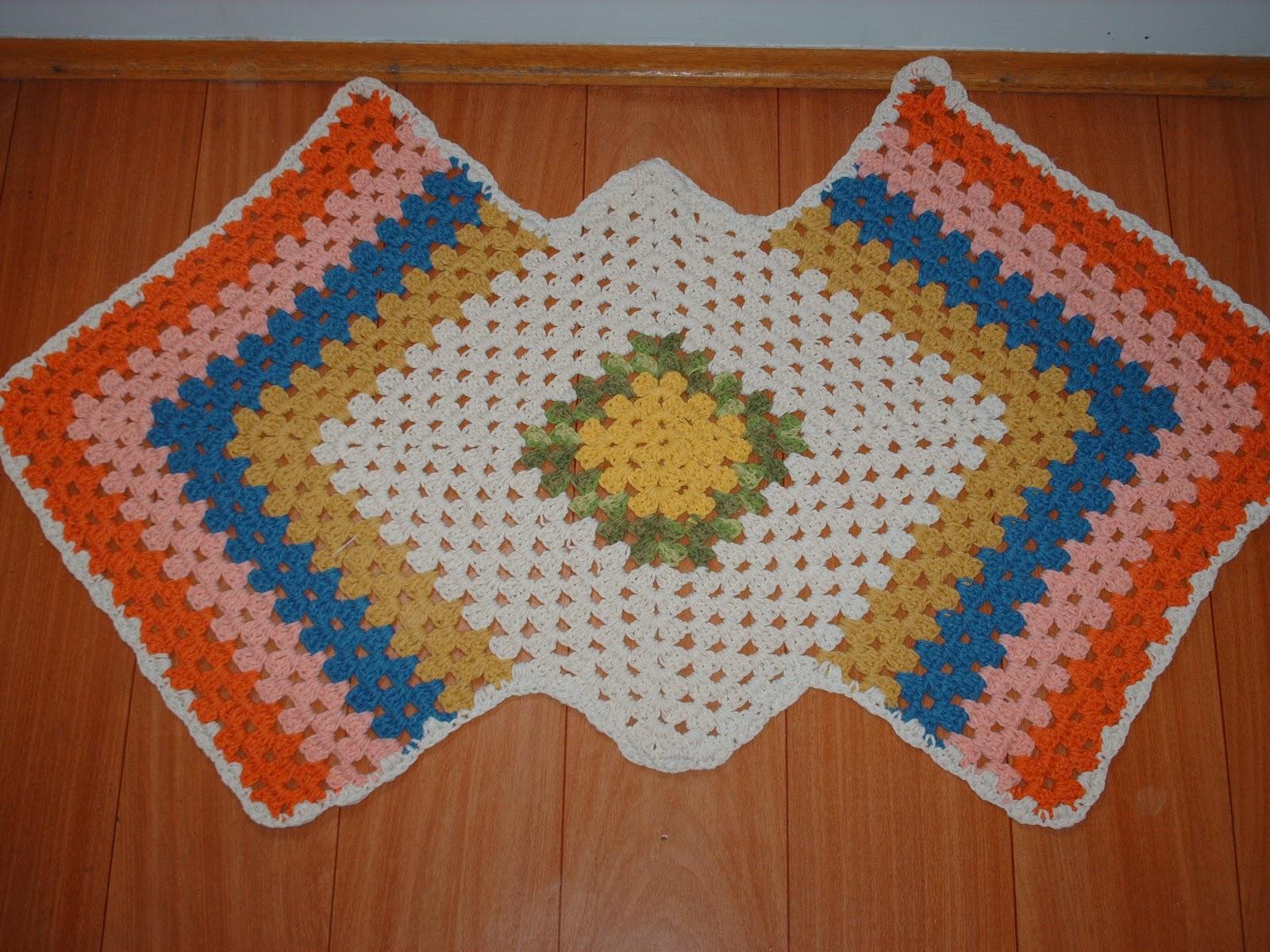 Armario Retro Cozinha ~ marcia g artesanato Tapete em croch u00ea colorido R$ 30,00
