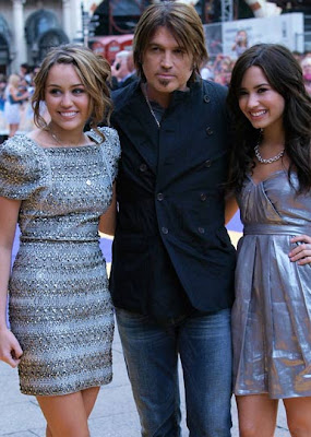 MileyCyrus Billy Ray and DemiLovato