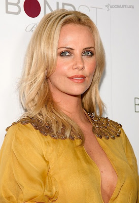 Charlize Theron Is A Golden Goddess