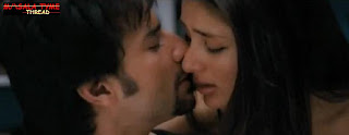 Saif Ali Khan and Kareena Kapoor Sex Scene In Kurbaan Movie Photos