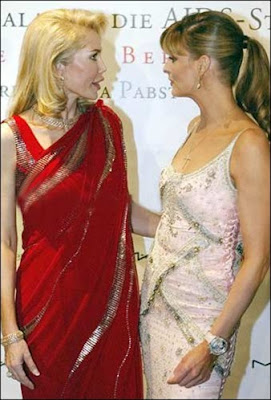 Hollywood hotties looking Sexy in saree - Pictures here