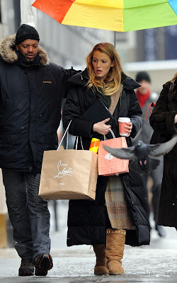 Blake Lively shopping in between work on