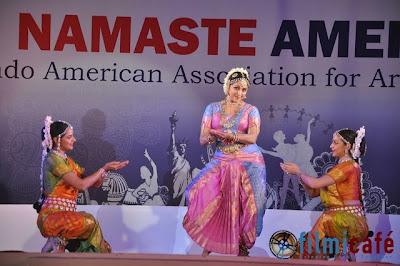 Vidya Balan, Hema & Esha Deol grace Namastey America Launch