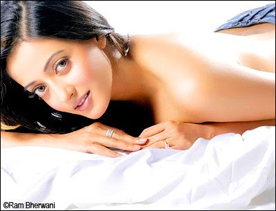 Bollywood Actress Hot & Sexy Rima Sen Pictures 2