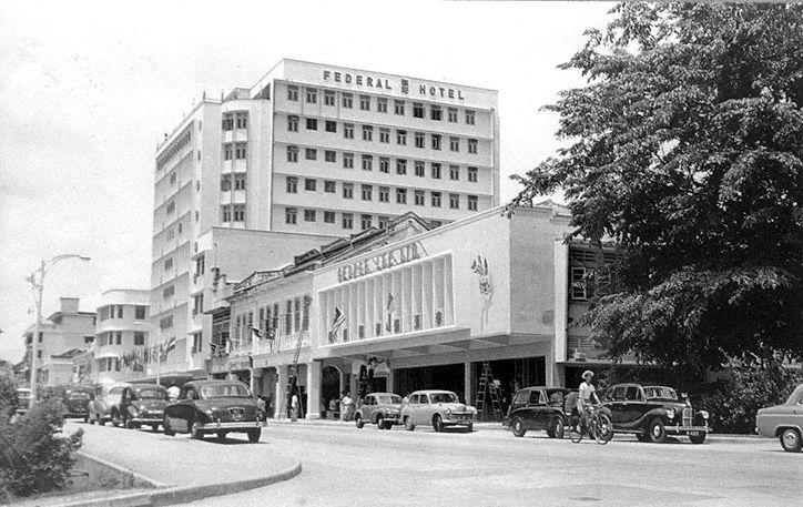 8 Hotel Murah Terkeren Dekat KLCC Petronas-Malaysia, dan