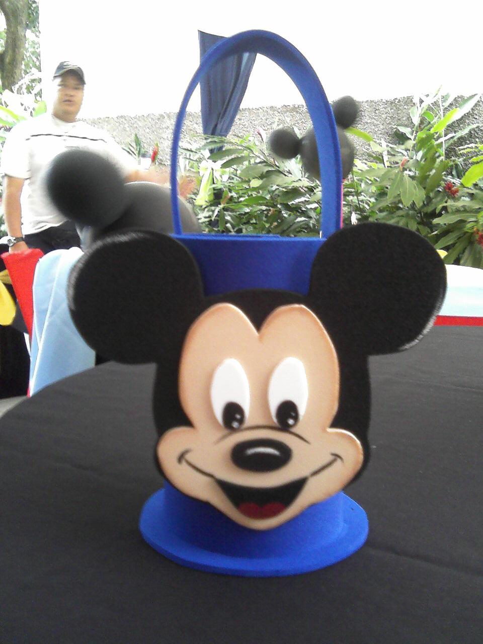 Cotillones de Mickey Mouse en foami - Imagui