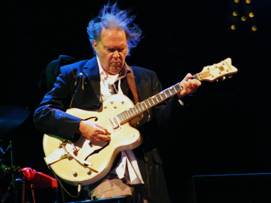 Neil Young - Page 2 2648381207_8d690f3000_b%5B1%5D