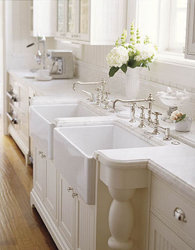 Future Domestic Goddess: wordless wednesday: farmhouse sinks