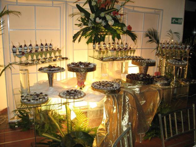 Hanna Gourmet.....: Mesa de Dulces