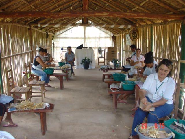 Aparador In Tagalog Translation ~ Território Adentro Artesanato transforma palha de milho em negócio lucrativo para produtores rurais