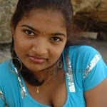 Meenu Hot Clevage And Neval Show