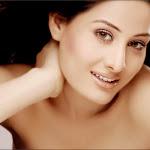 Nude Actress Arjumman Hot Pictures
