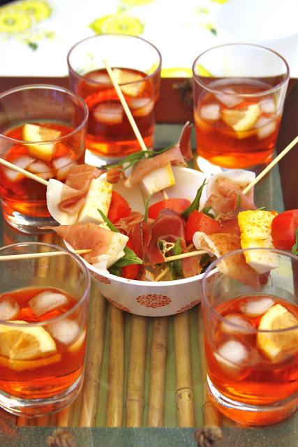 La cuoca avvenente spiedini prosciutto e majorero e il for Bicchiere da spritz