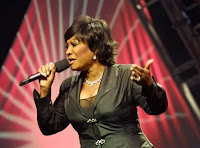 patti labelle Wallpapers Nude model on the beach, photo, pictures