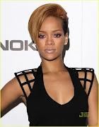 Accessing: Rihanna: Fotos de Rihanna em um evento da Nokia após o show
