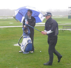 How to Keep Dry Playing Golf, Golf Swing Tips for Golf in the Rain