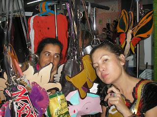 oju illa el grito de eva y yolanda rueda nomada market