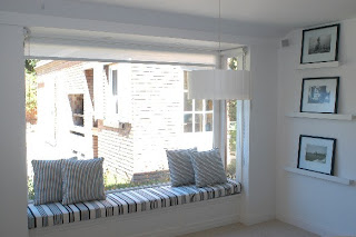 Comment se mat rialisent la fen tre et le corridor bow for Fenetre bay window