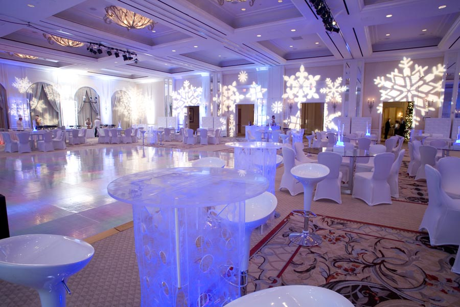 And elegant holiday party decor consider a modern winter wonderland