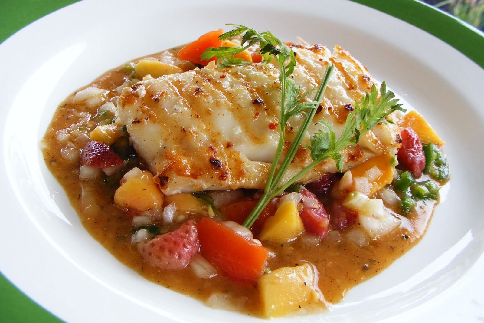 Food and lens grilled halibut on fruit salsa and spicy for Fruit salsa for fish