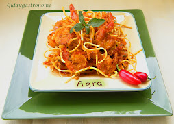 Shrimp curry over crispy flour sticks: Click on picture for recipe