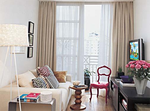 decoracao de sala rack: com a profundidade dos móveis, principalmente do sofá e do rack