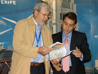 José Manuel Bermúdez recibe a una treintena de miembros de la Federación Española de Periodistas y Escritores de Turismo