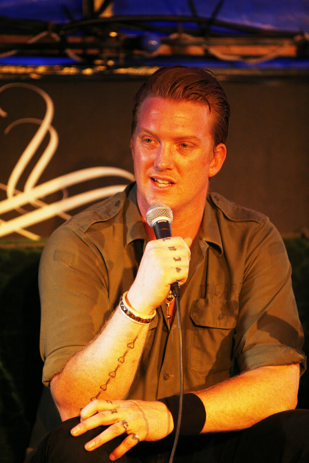 Tattoos designs pictures josh homme tattoos for Josh homme tattoos