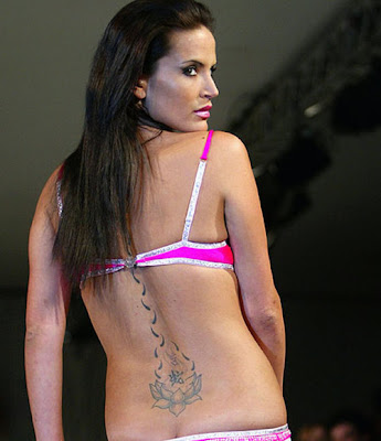 Labels: Female Tattoos, Models