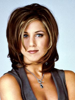 "Stylish ""Friends"" bob hairstyle."
