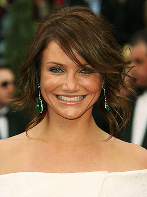 cameron diaz hair the holiday. Cameron Diaz dark auburn hair