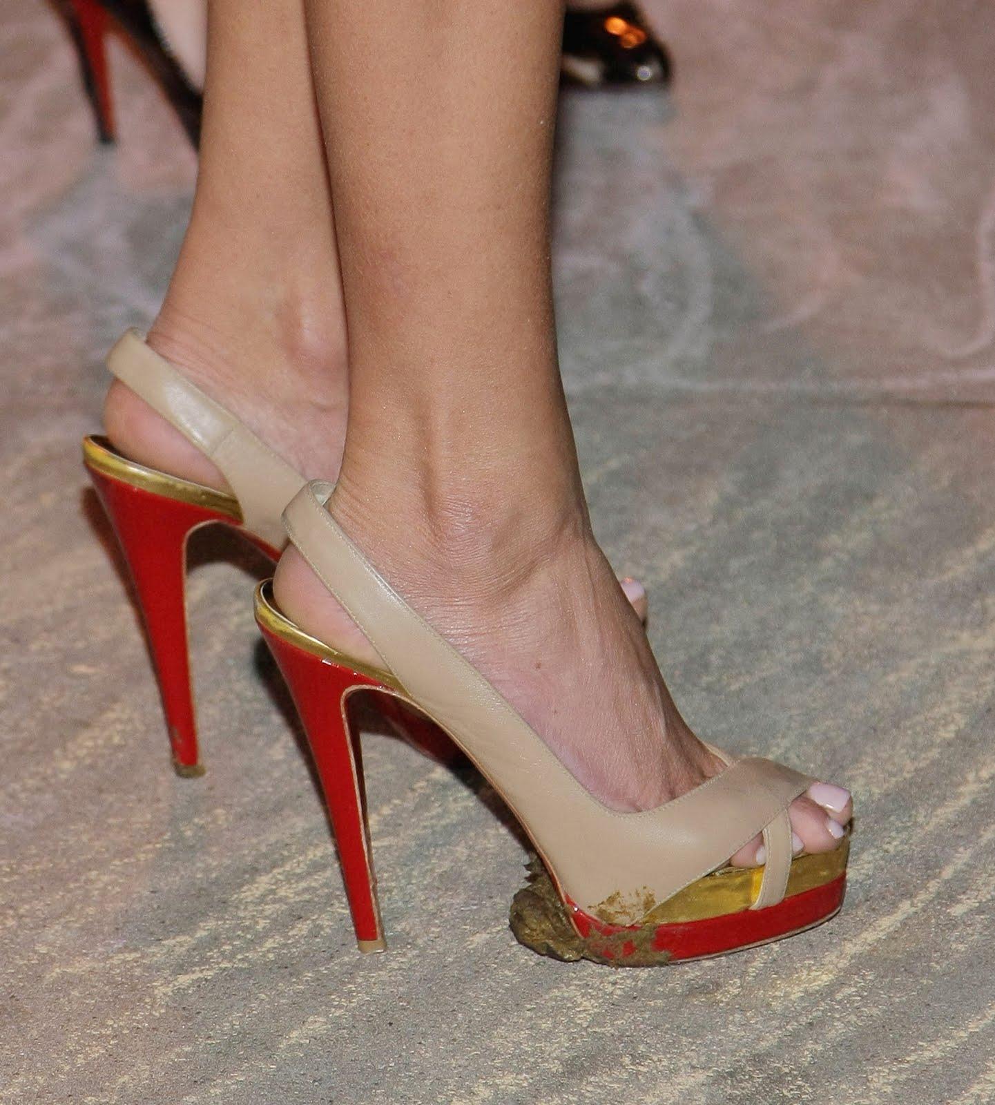 Hollywood Star Feet: Tara Reid Feet