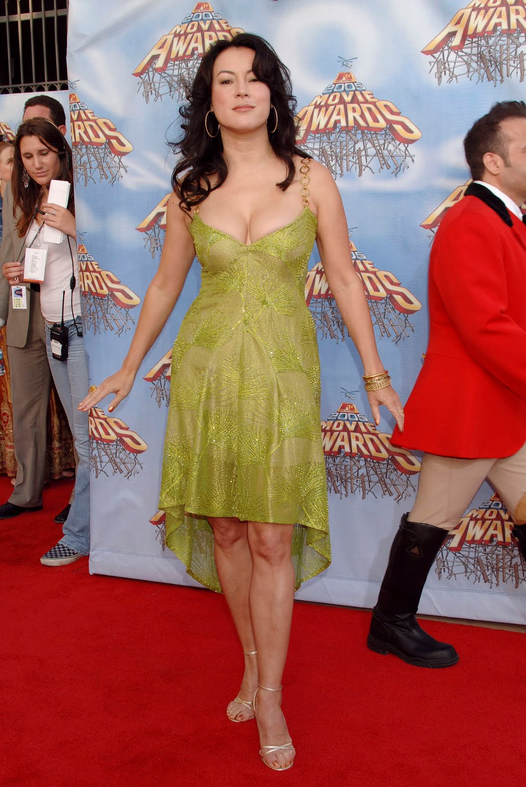 http://1.bp.blogspot.com/_bQ0SqifjNcg/TJRPy2b_SYI/AAAAAAAAdMQ/NQq4EVtSw0s/s1600/jennifer-tilly-feet.jpg