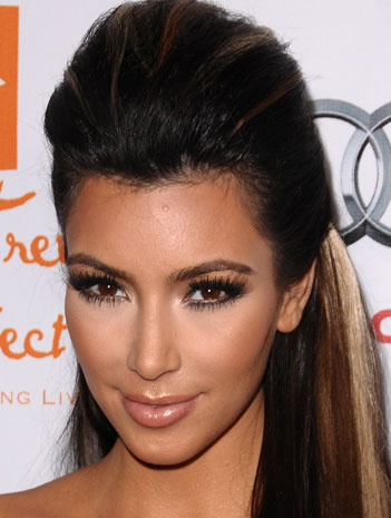Kardashian Hairstyle on Kim Kardashian Hairstyle                                    23  2010