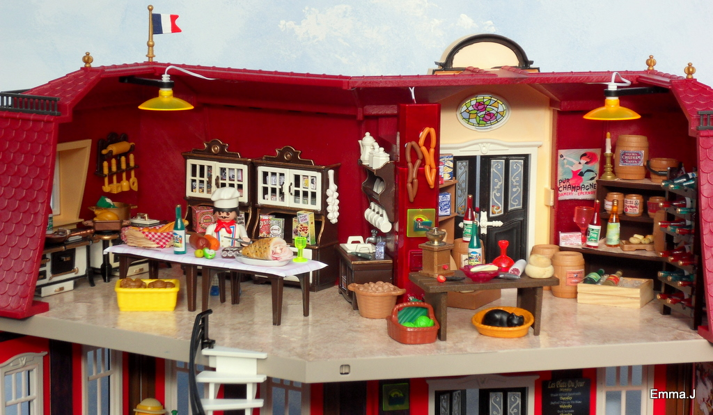 5302 Bistro De Paris Emma J S Playmobil