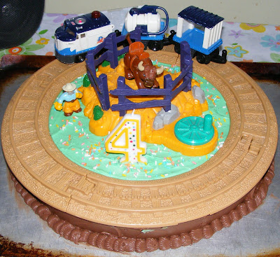 images of boys birthday cakes. and drive their irthday cake?