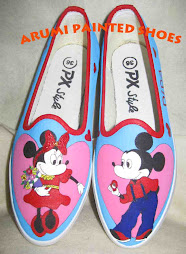 Mickey melamar Minnie