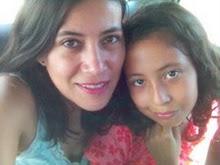 Nati Rigonni escritora y su hija Amaranta, desde Orizaba.