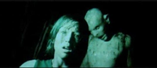 Effing creepy crawlers! (The Descent)