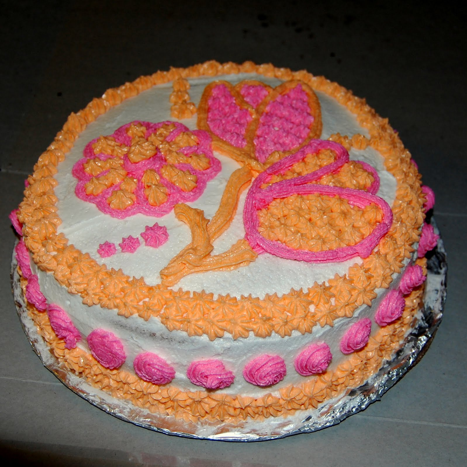 Design Your Own Cake Transfer : My World: Wilton Cake Decorating Class
