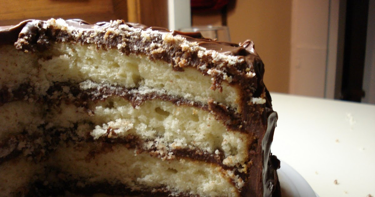 Melissa Cooks Gourmet: Golden Cake with Chocolate Sour Cream Frosting