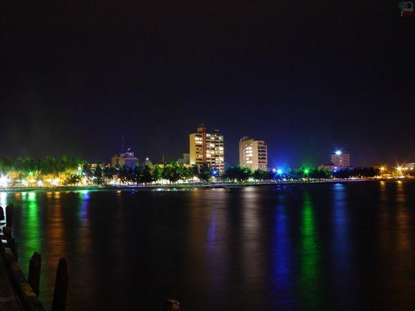 Riohacha nocturna vista desde el muelle