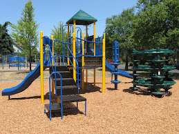 NEW PLAYSTRUCTURE INSTALLED 2009