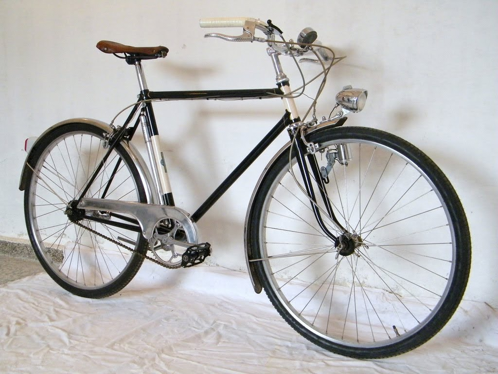 Vintage Bycycle 62
