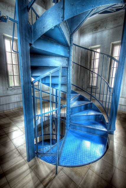 blue spiral by Till Krech