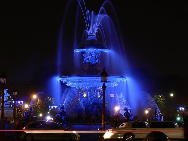 Yves Klein blue Paris Concorde Fountain