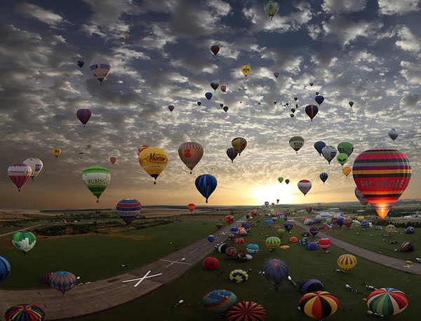 The largest hot-air balloon gathering in the world, Chambley